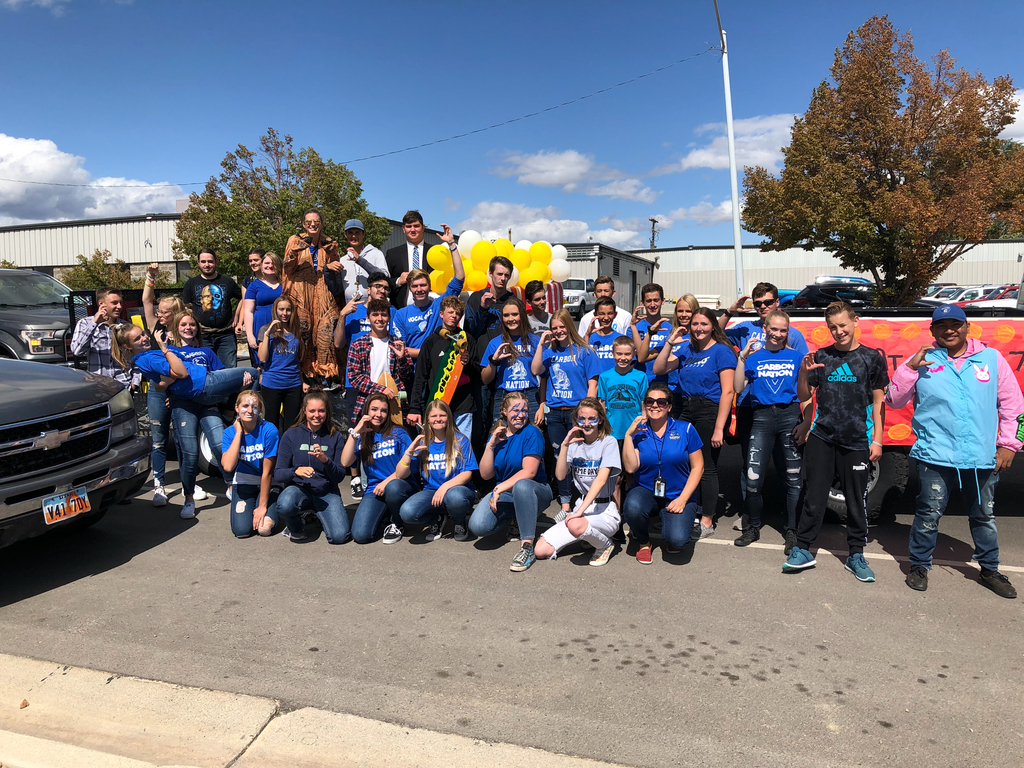 CHS Choir Dinos at Homecoming Parade
